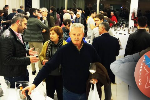 LA GUÍA DE VINOS DE GALICIA 2018 YA ESTÁ EN EL MERCADO